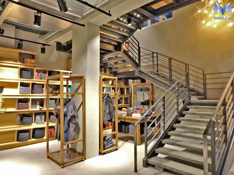 arredamento negozi torino layout espositivi e arredo su