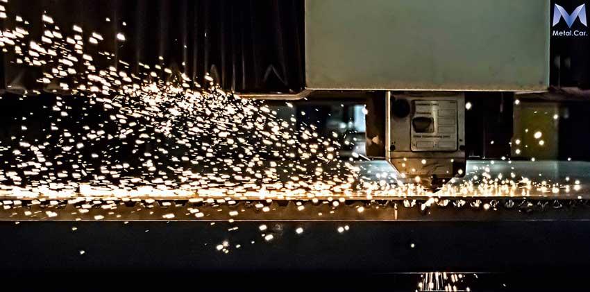 Taglio laser torino lamiere scatolati e tubi anche in for Scatolati in acciaio inox