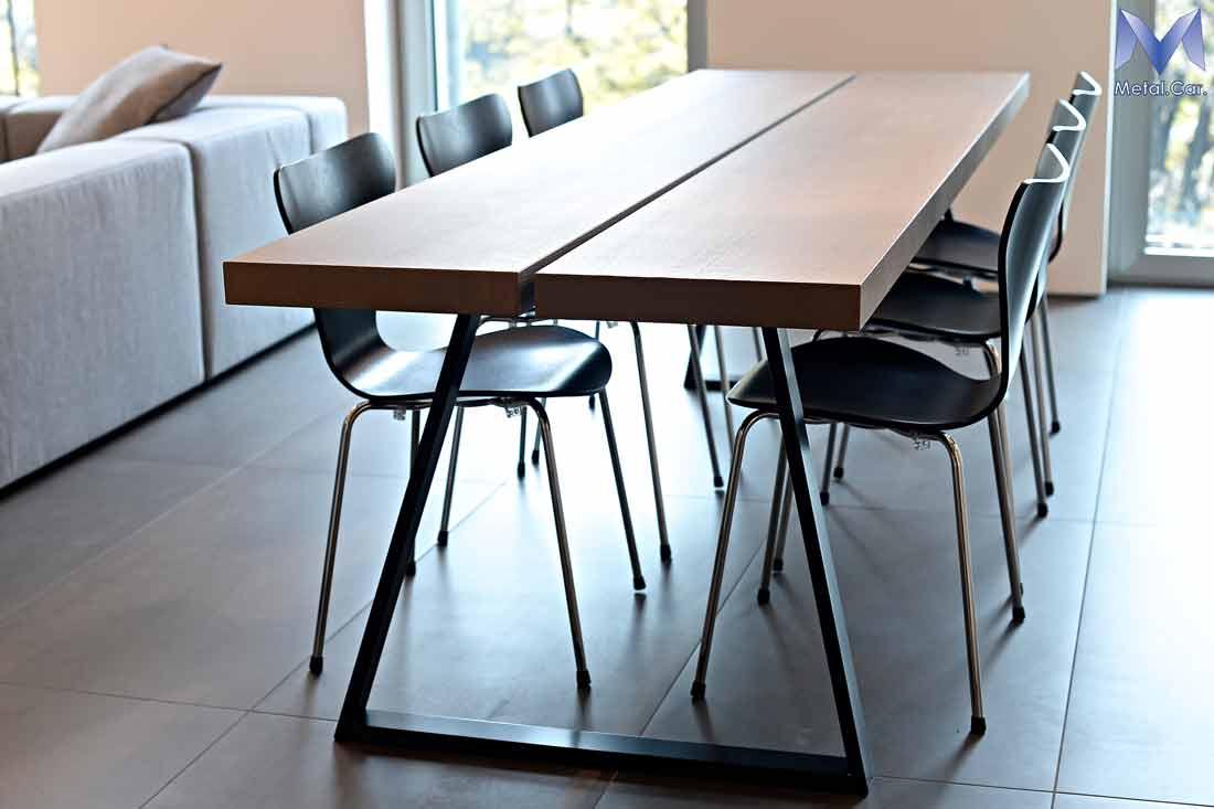 Tavoli di design su misura per contesti abitativi metal for Tavoli di design outlet