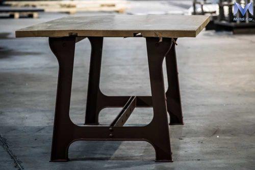 Tavolo in Ferro e Legno