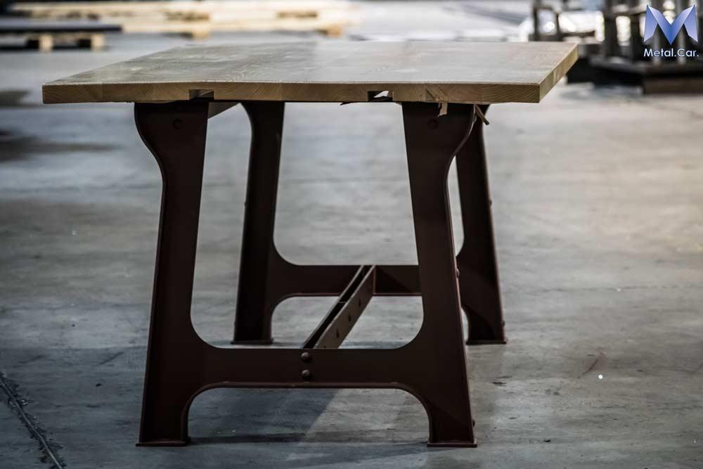 Tavoli di design su misura per contesti abitativi - Metal. Car.